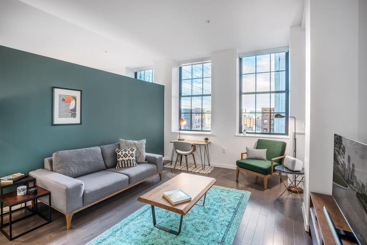 Chic Downtown 1BR w/ Gym, near South Station by Blueground