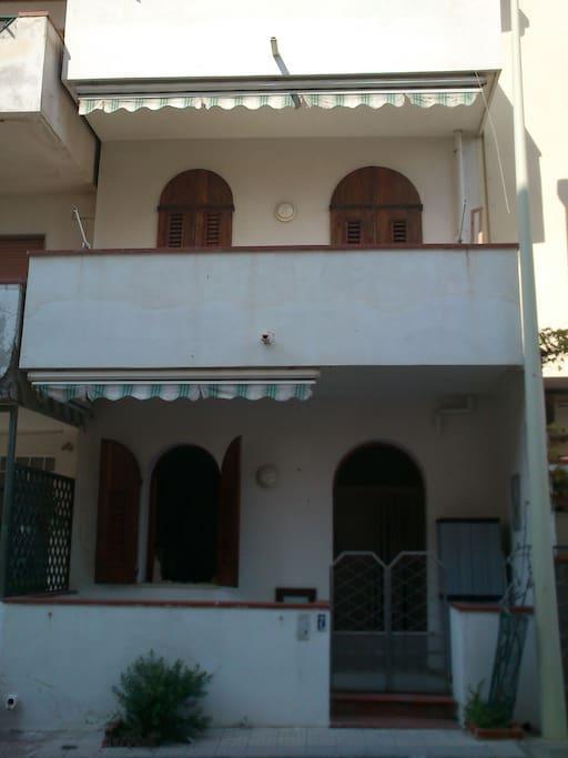 Casa al mare barcellona p g case in affitto a for Barcellona case affitto