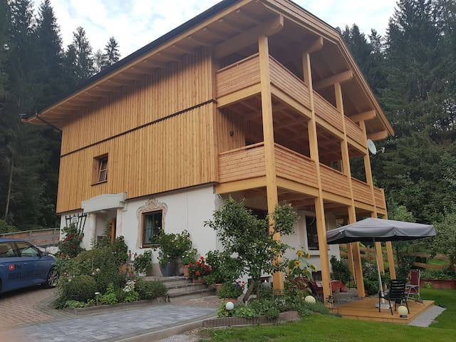Haus Sonne, Erpfendorf Bed & Breakfast