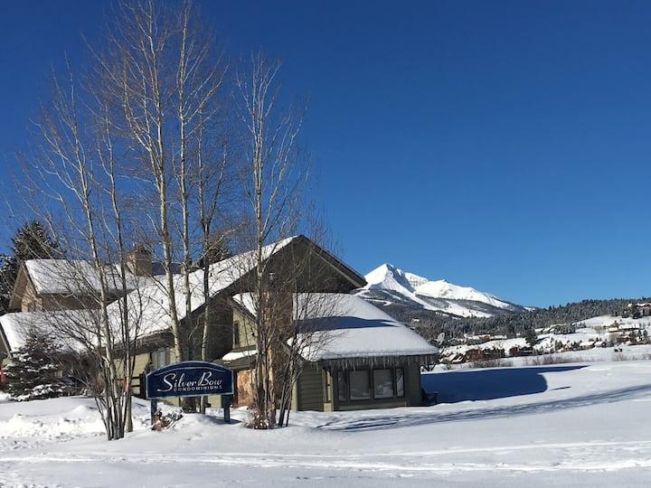 Big Sky condo w/ mountain + golf course views