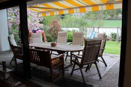 Modernes Einfamilienhaus im Grünen Nähe Düsseldorf - Heiligenhaus - Casa