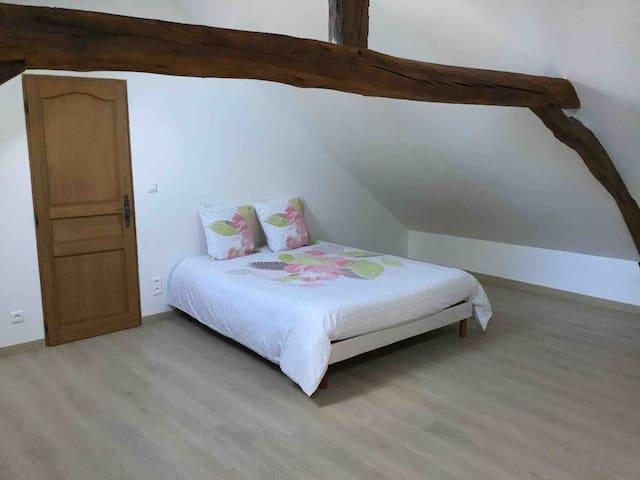 Maison rénovée de 100m2 avec 1 lit de 160