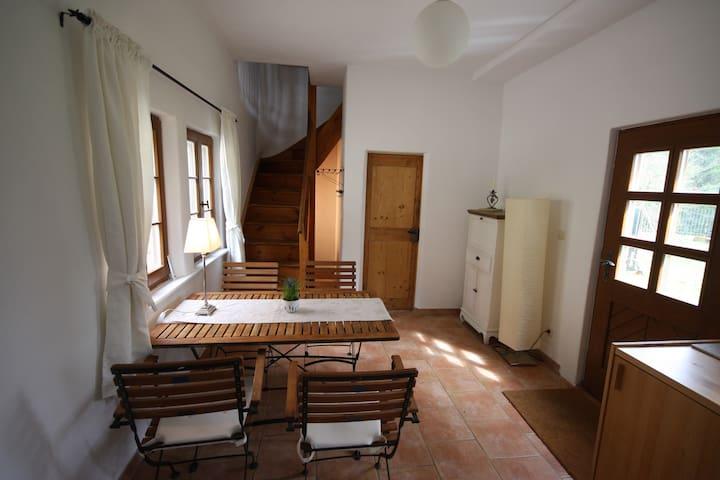 Kleines Gartenhaus - Radebeul - Dům pro hosty