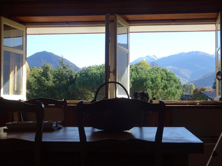 large flat with great view over mountains