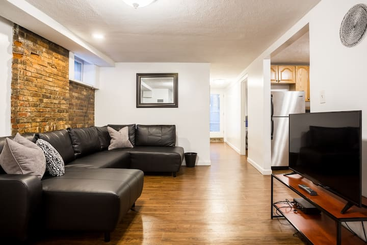 Two Bedroom Basement Apartment in Basement