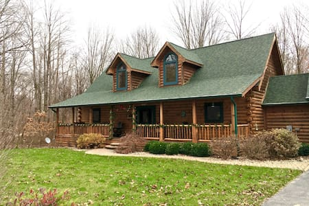 Cozy Cabin Space close to Nashville - Morgantown - Hytte