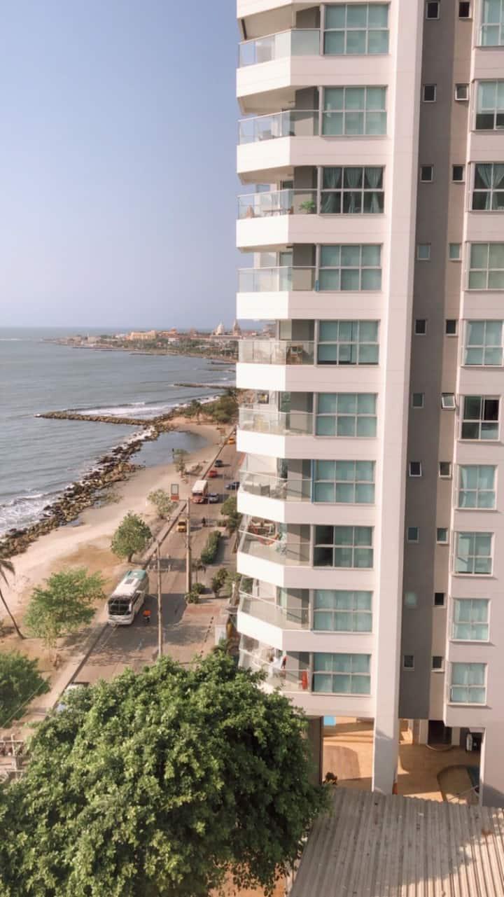 Aparta estudio en Bocagrande, frente al mar