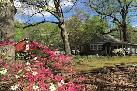 The Cottage at Old Oaks Farm - Greenville - Casa de hóspedes