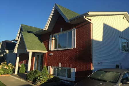 Home Away From Home in St Jean sur Richelieu, Qc - House