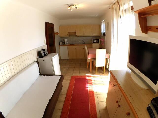 Ferienwohnung Klopeinersee  Roswitha Pongratz