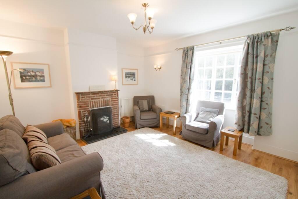Shearwater - living room