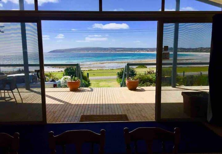 Emu Bay Lodge - beachfront accommodation