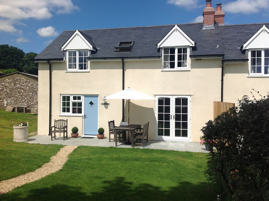 Bluebell Cottage in the beautiful Somerset countryside