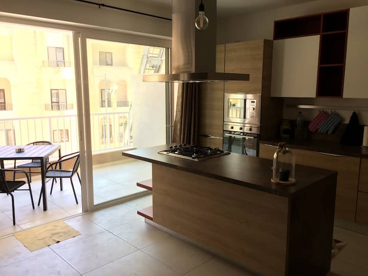 Mikasa Apartment - Qawra