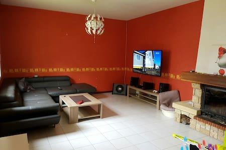 Maison Proche Bergerac dans Foret - Le Fleix - Casa