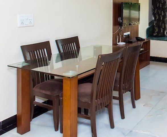Private Room in Worli Mumbai - WORSE1