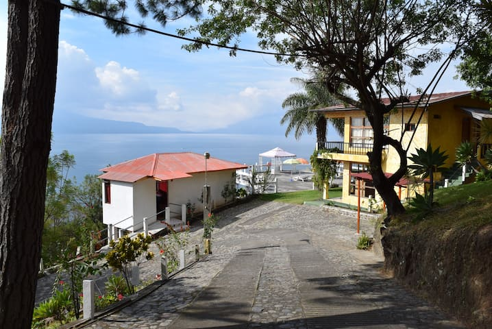 Apartments in Lake Atitlan No.2 per 15 nights - Lake Atitlán - Wohnung