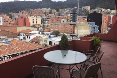 Great apartment at Chapinero. Close to the G Zone