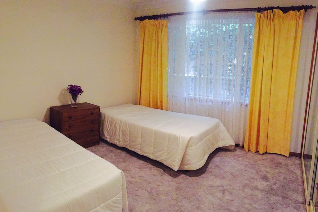 Clean spacious rooms with built in robes