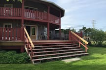 Fintry Guest House - Okanagan Lake Family Escape