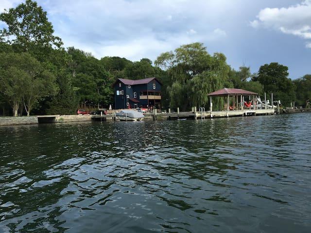 Awesome House on Cayuga Lake! - Ithaca - Hús
