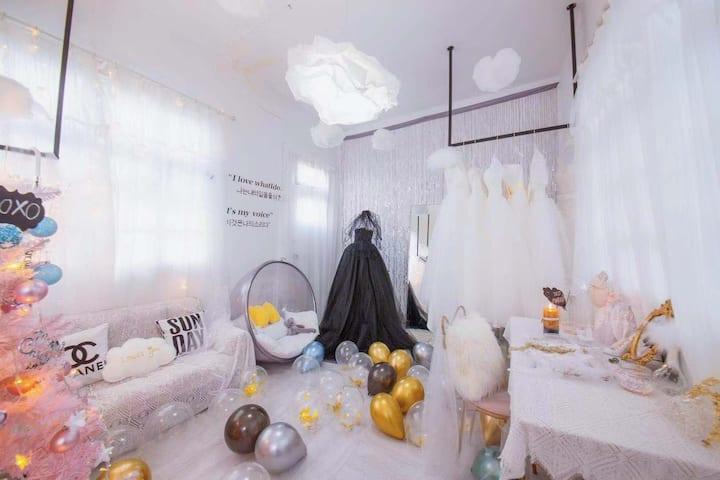 回民街VIRGO情人节法式浪漫婚纱主题民宿