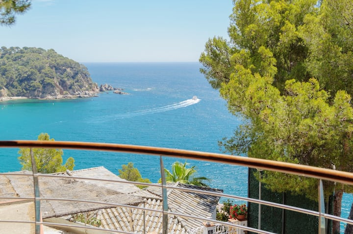 "Amazing Villa ""Sea Balcony"", best sea views"