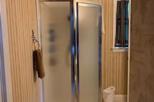 Guest bathroom  2nd bedroom