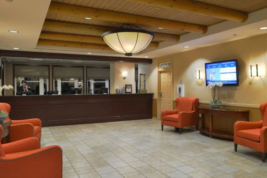Front Desk, lobby area