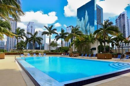 Junior Penthouse Apartment, Miami Ocean View