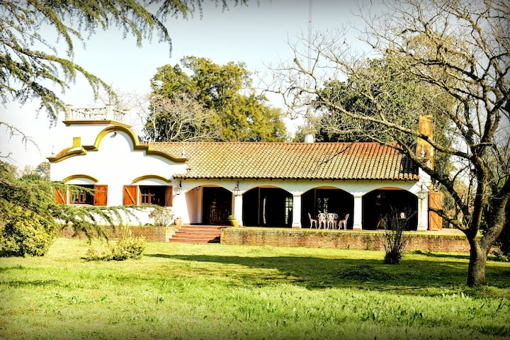 CASA DE CAMPO / FARM TOURISM,  1 hour from Bs. As.