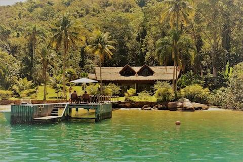 Paraíso natural em Saco do Céu – Ilha Grande