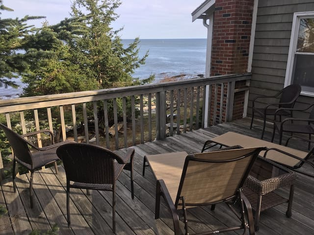 Salt Pond Apartment 3 BR, 1 BA  on open ocean