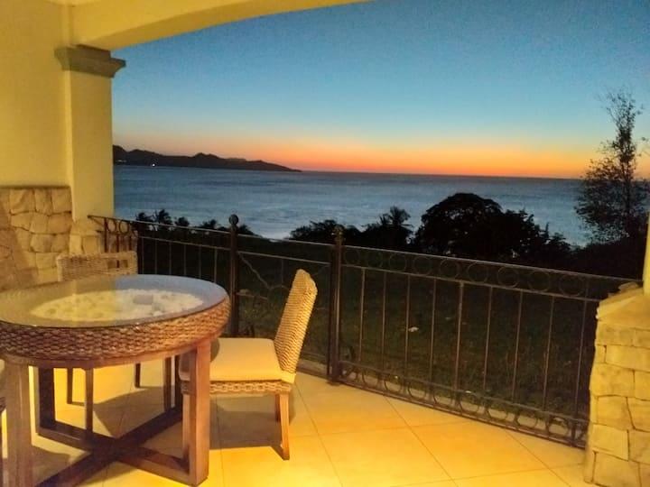 Luxury Ocean View Condo Overlooking Playa Flamingo