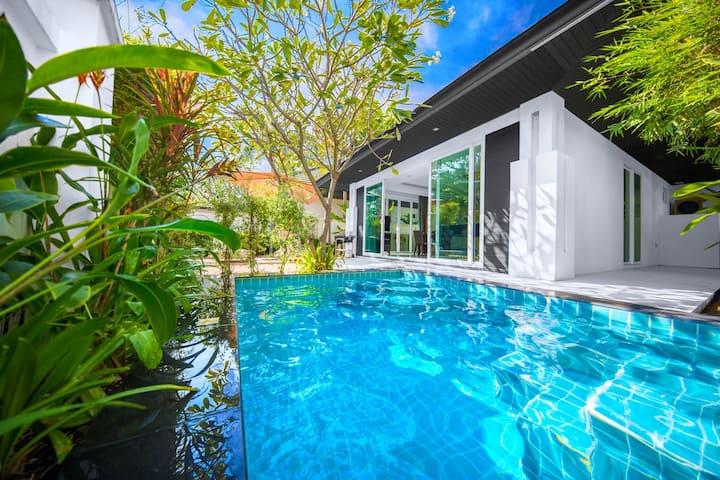 PREMIUM 2 bedroom pool villa Pattaya, BBQ grill