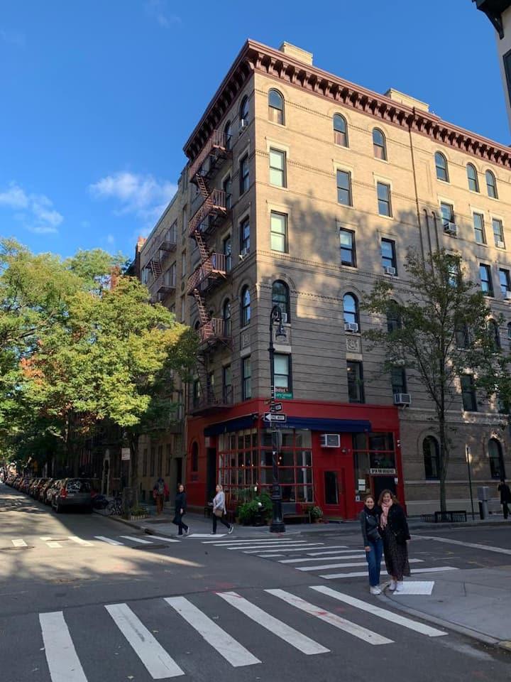 West Village Brownstone (on Friends Apartment St)