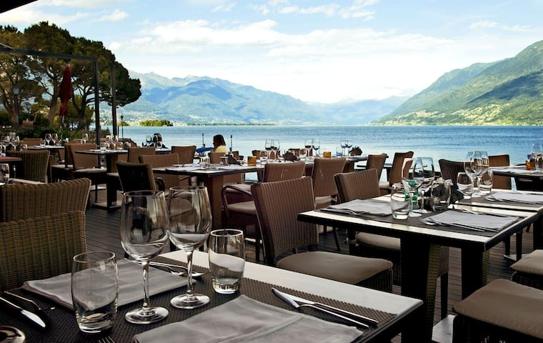 Brissago lake apartment - Direkt am See