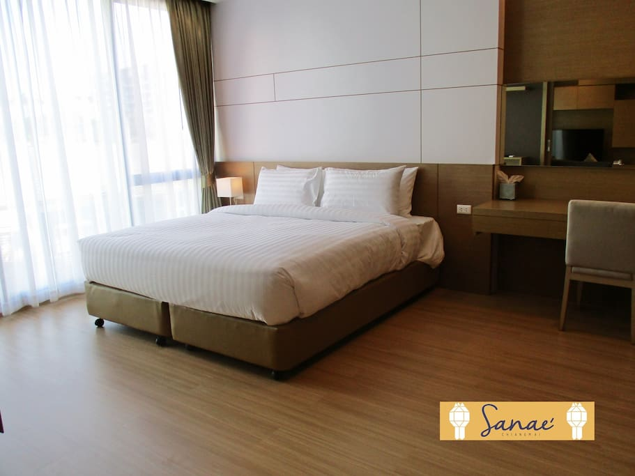 King Bed with size 5m.