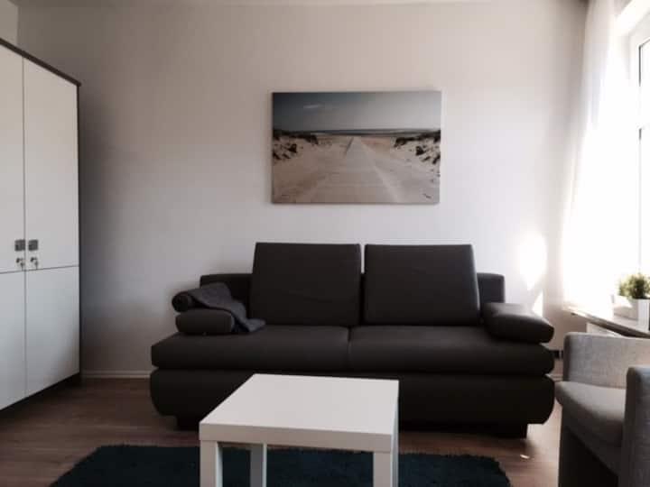 Doppelzimmer zentral - TV, WLAN, Schreibtisch
