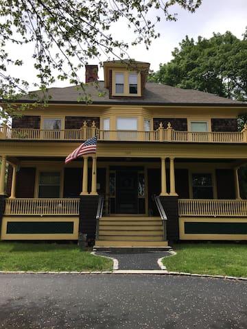 Gardner House 2