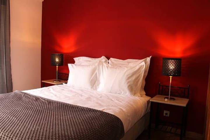 Alameda Garden private Deluxe room