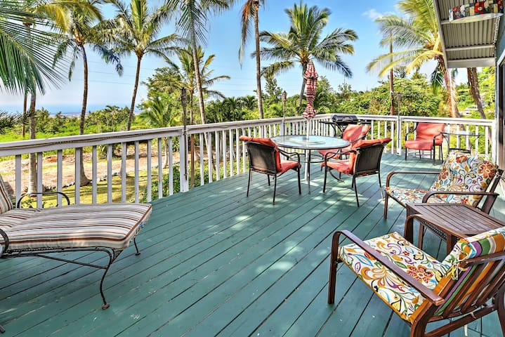 Breezy 2BR Kailua-Kona House w/Large Private Lanai