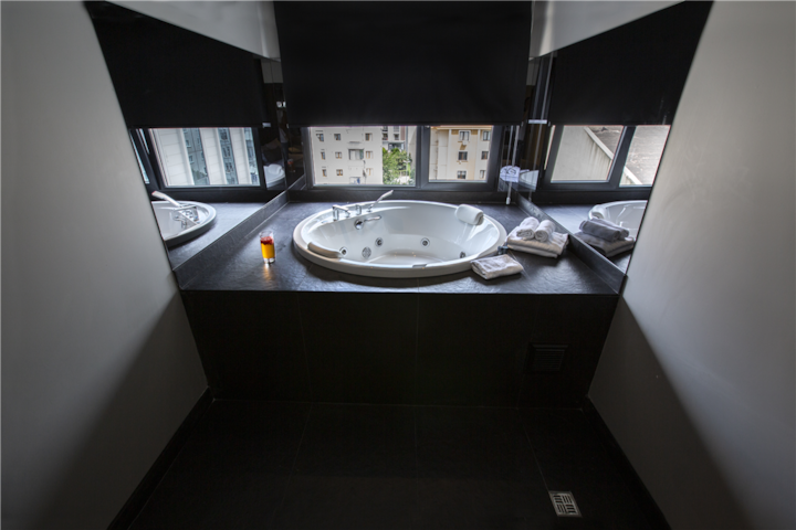 Cityloft 36, Studio Suite with Jacuzzi/ Ataşehir