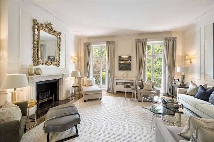 Captivating Luxury 4BR home in London