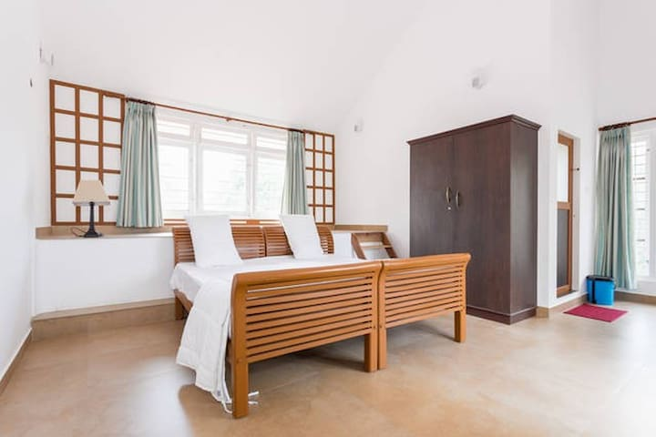 Pvt Room Stay & Get an Experience to Spices Trial - Idukki - Hus