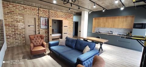 60sqm loft/neoclassic style studio apartment