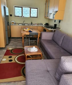 Quiet, separate family unit near beaches and mall
