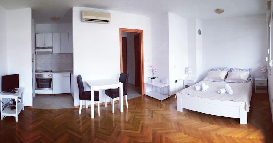 Sorento apartments