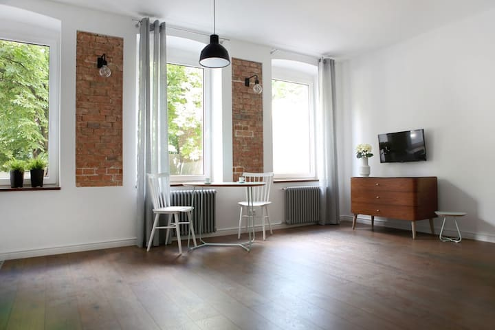 Good Time Apartments Jeżyce D13 (faktura/invoice)