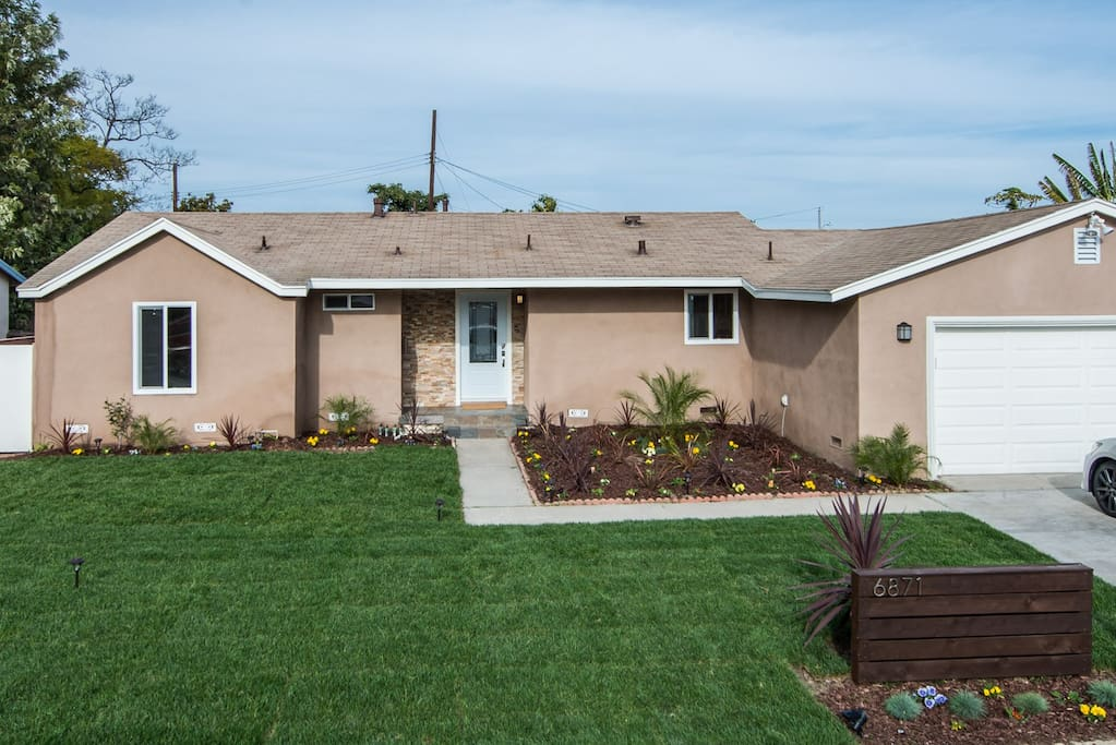 Bed Apt For Rent Near Westminster Ca